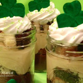 No-Bake Bailey's Irish Cream Puddin N Cake Parfaits is an easy dessert recipe combining Irish Cream, pudding and cake. You're guaranteed to delight taste buds and make everyone wish they were Irish when you serve these no-bake Irish parfaits! #baileysirishcream #dessert #easyrecipe #nobakedessert #cake #pudding #stpatricksday #swirlsofflavor
