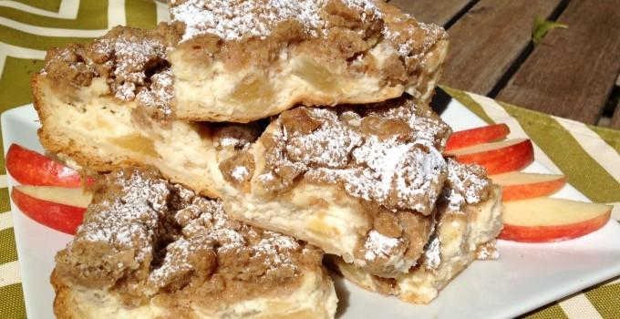 Apple Crumb Pie Cheesecake Bars