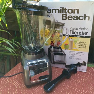 Hamilton Beach Wave-Action Blender Review and Giveaway!