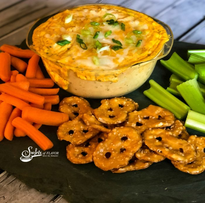 Buffalo chicken Dip With dippers