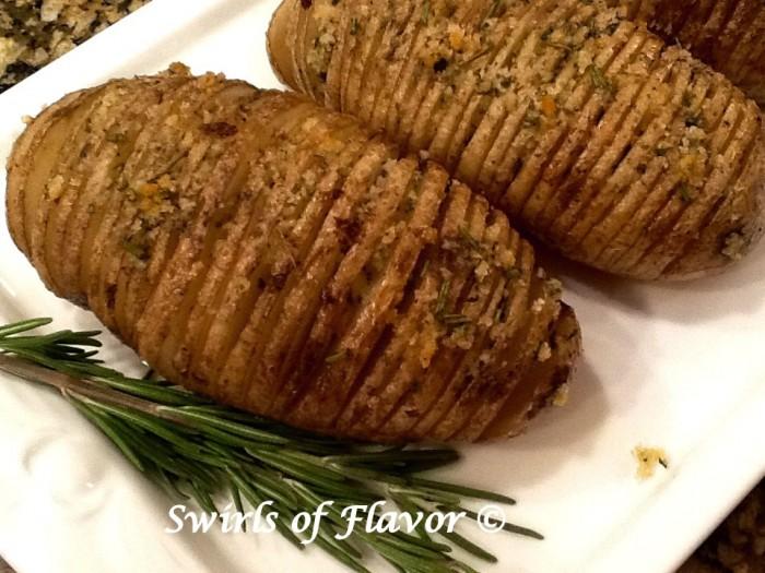 Rosemary Hatchback Potatoes CLOSE UP