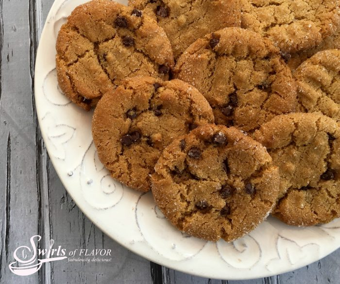 gluten-free-chocolate-chip-peanut-butter-cookies-w