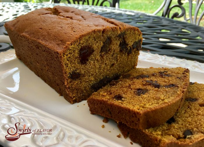 chocolate-chunk-pumpkin-bread-w