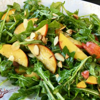 Peach Arugula Salad With Basil Mint Vinaigrette is bursting with summer flavors and goodness! peach | almonds | salad | arugula | basil | mint | vinaigrette