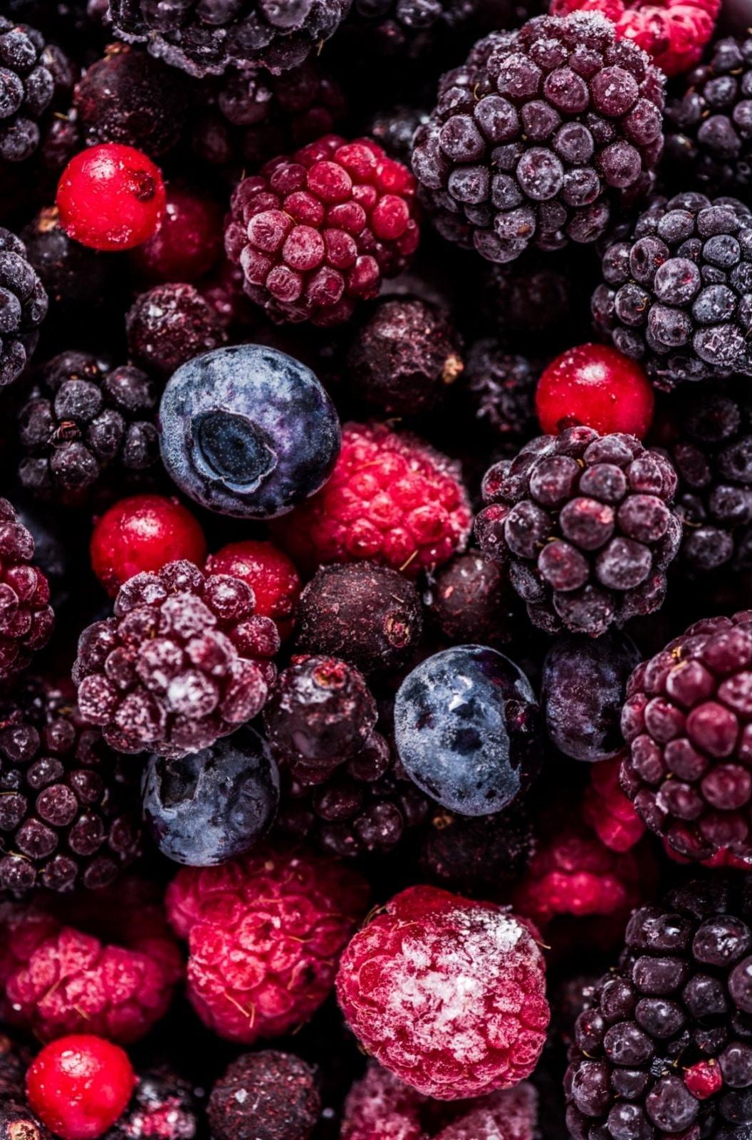 assorted frozen berries