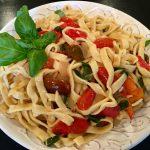 Fettuccine & Buttery Fresh Basil Tomato Sauce
