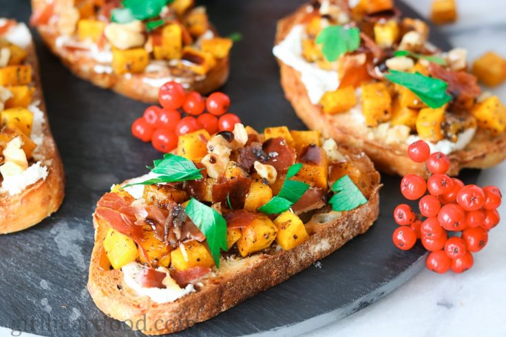 Roasted Acorn Squash Crostini with Crispy Prosciutto and Goat Cheese