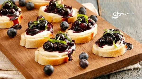 Balsamic Blueberry Crostinis
