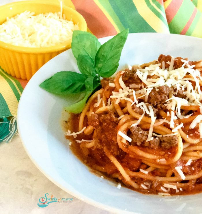 Spahetti with meat Sauce in bowl
