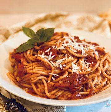 Instant Pot Spaghetti in bowl
