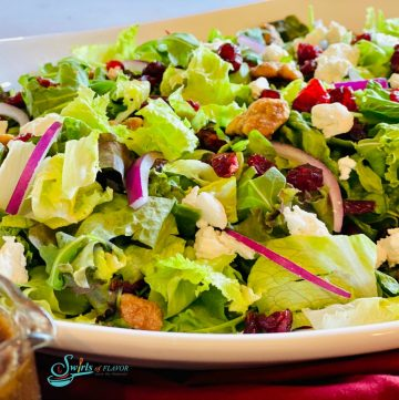 Cranberry salad with walnuts and dressing