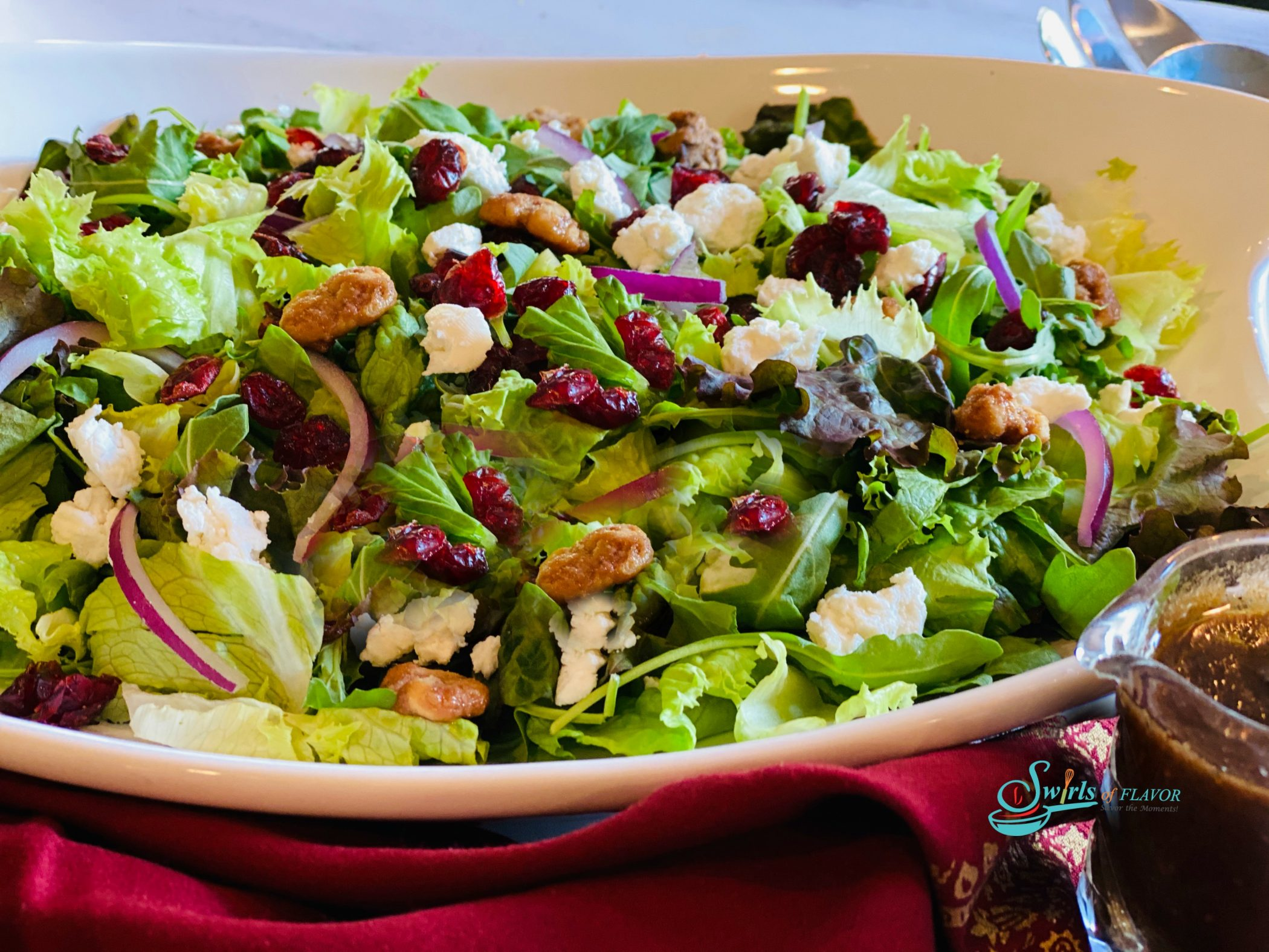 lettuces with cranberries and walnuts
