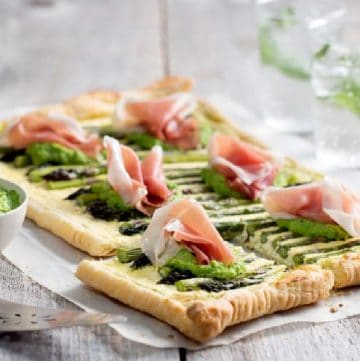 puff pastry tart ith asparagus, pesto and prosciutto