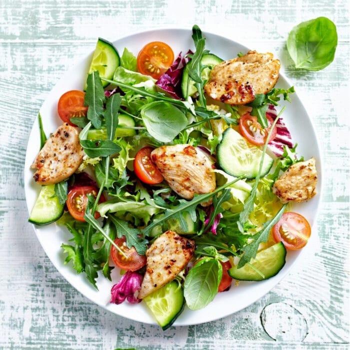 gyro chcken salad in a bowl