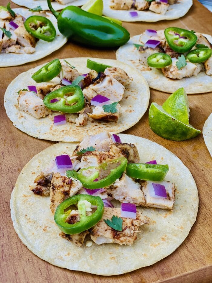chicken street tacos with jalapeno and lime